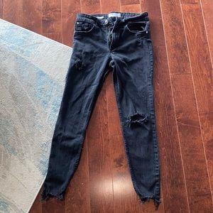 BERSHKA Distressed Jeans. Sz. 28